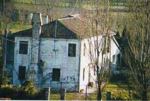 Edificio rurale del sec. XIX ancora oggi utilizzato a Favaro